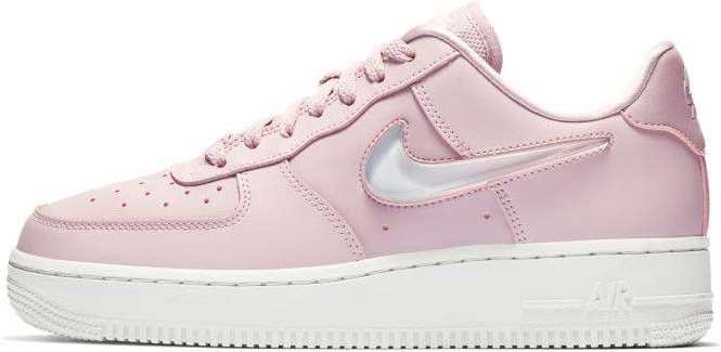 Nike Air Force 1 07 SE Premium sneakers in roze