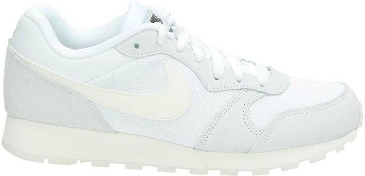 40e42fb3f27 Nike MD runner seasonal lage sneakers wit - Frontrunner.nl